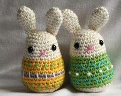 Little Easter Bunny - crochet pattern - Amigurumi. €3,00, via Etsy.