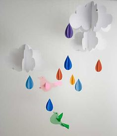 Vila do Artesão - Móbile chuva de cores para enfeitar um quarto infantil. Dicas e passo-a-passo com fotos.