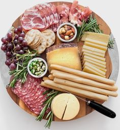 How to Create a Gorgeous Cheese Board - Style Me Pretty #charcuterie #coldcuts #meats #meatlover #horderves #party #gettogether