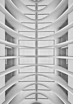 Symmetrism | Meike Hofstetter