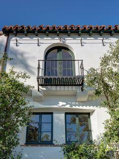 House by Architect Wallace Neff 4447 Cromwell Los Feliz For Sale