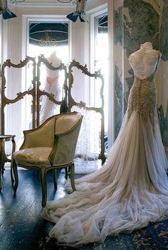 Wedding dress beautiful!!