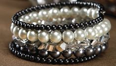 Pearl and Crystal Memory Bracelet Tutorial from Patacans.com - Beginner Level