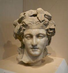Dyonysus,hellenistic  head