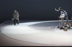 DIE UNSCHULDIGEN, ICH UND DIE UNBEKANNTE AM RAND DER LANDSTRASSE: Martin Schwab, Christopher Nell; Foto: Monika Rittershaus