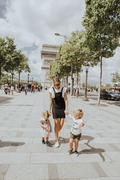 I like making lists. So here is a list of some of my favorite and not so favorite memories from Paris. I love same spot photos. While we are on each trip I love to take photos that I want to recreate again when the kids get older. So its been fun to come back …