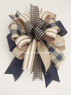 Diy Bow, Diy Ribbon, Ribbon Crafts, Ribbon Bows, Wired Ribbon, Tree Topper Bow, Tree Toppers, Diy Wreath, Wreath Bows