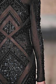 Noir beading at Emilio Pucci. Optimal for a winter gala! Emilio Pucci, Fashion Week, High Fashion, Womens Fashion, Couture Details, Fashion Details, Alexander Mcqueen, Lesage, Italian Fashion Designers