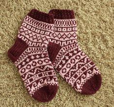 Ravelry: Kevätkalenterisukat pattern by Pia Tuononen Knitting Videos, Knitting Charts, Knitting Socks, Knitting Patterns, Stockings Legs, Leg Warmers, Mittens, Ravelry, Knit Crochet