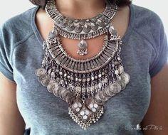 Collar babero. Collar tribal plateado antiguo. por CaneladePlata