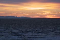 Bonneville Salt Flats - Photo by Amy Laurel Hegy @A Tale of Two Tramps