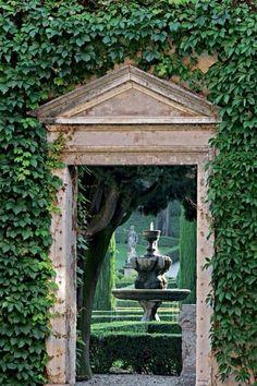 Giardino Giusti, Verona                                                                                                                                                      More
