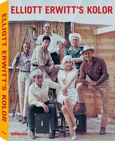 Reno, Nevada, Stati Uniti, 1960. Da sinistra: Frank Taylor, Montgomery Clift, Eli Wallach, Arthur Miller, Marilyn Monroe, John Huston e Clark Gable sul set de Gli spostati di John Huston.