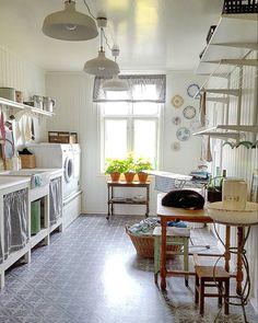 Vaskerom og vaskedag  #Trulsbryrsegikkekatta..... by grohelsik