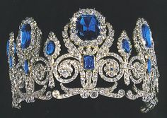 Sapphire and diamond tiara, Crown Jewels of France