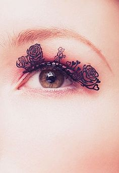 Rose paper lashes; stunning for photoshoot!