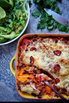 Slimming World Mexican lasagne Mexican Chicken Mole, Mexican Lasagne, Mexican Bean Salad, Fajita Mix, Fajita Spices, Homemade Refried Beans, Slow Cooker Salsa, Cooking Whole Chicken, Jam Jar