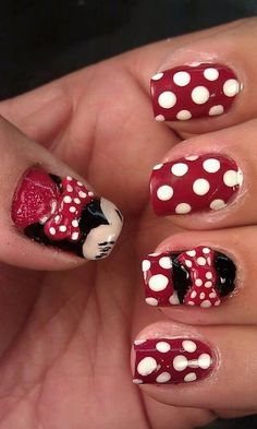 Minnie Mouse Nails by karleene54