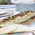 Κορμός με τυρί – Χρυσές Συνταγές Yams, Banana Bread, Foods, Desserts, Recipes, Food Food, Tailgate Desserts, Food Items, Deserts