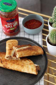 Een heerlijk vrijdagavond-maaltje om gezellig met vrienden van te genieten: pulled pork flautas. Flautas zijn gevulde Mexicaanse tortilla's diedaarna krokant gebakken worden. We maken deze flautas met de tortilla's én tomatensalsa van Santa Maria Tex Mex. DezeWrap Salsais een medium pikante Mexicaanse tomatensaus met grote stukken tomaat, chili, jalapeño en ui. Je kunt de tortilla's …