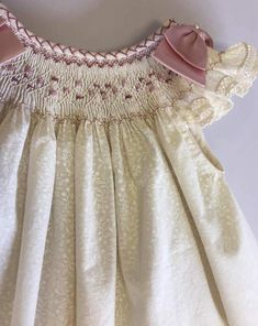 Items similar to Baby pink smocked dress, floral country baby dress, vintage baby dress, perfect for summer time. Handmade dress, smocke on Etsy Vintage Baby Dresses, Girls Smocked Dresses, Little Girl Dresses, Peasant Dresses, Dress Girl, Vestidos Country, Baby Dress Design, Smocks, Handmade Dresses