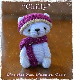 "Pattern: Miniature Vintage Style Crochet by PinsAndPawsPrims; 2 1/2"" tall with crochet thread"