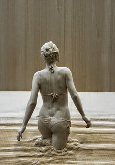 Italian Peter Demetz artist hand-carves incredibly realistic wooden sculptures of people