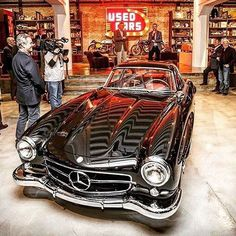 Tag a friend who'd want this for Christmas.  Image: @gianluca #mercedesbenz #mercedes #benz #luxury #luxurycar #car #vintage #carporn #cargram #carsofinstagram