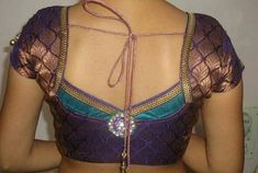 Latest patch work blouse designs 2019 - New Blouse Designs Choli Blouse Design, Saree Blouse Neck Designs, Saree Blouse Patterns, Designer Blouse Patterns, Patch Work Blouse Designs, Best Blouse Designs, Simple Blouse Designs, Blouse Models, Ladies Footwear