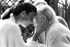 Según un #estudio de la revista Nature Medicine, los #biomarcadores tienen la capacidad de predecir si una persona desarrollará la enfermedad de #Alzheimer en los siguientes tres años. Este descubrimiento podría ayudar a encontrar un tratamiento efectivo con el que detener la enfermedad (que afecta a alrededor de 35,6 millones de personas en el mundo), o incluso prevenirla. #salud