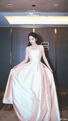 34c, Victorian, Dresses, Fashion, Vestidos, Moda, Fashion Styles, Dress, Fashion Illustrations
