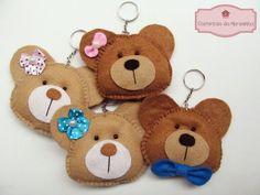 Ursinhos em feltro, chaveirinhos =)
