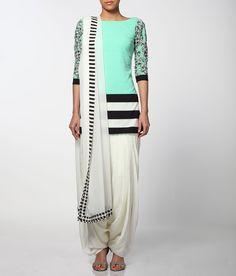 Neeta Lulla women wear dress collection in mint green and black/white Punjabi Fashion, India Fashion, Bollywood Fashion, Asian Fashion, Latest Fashion, Churidar, Anarkali, Salwar Kameez, Patiala Suit