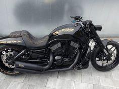 ▷ Harley Davidson V Rod Supercharged kit for sale by Fredy ▷▷ Night Rod Custom, V Rod Custom, Custom Harleys, Custom Bikes, Harley Davidson Night Rod, Harley V Rod, Night Rod Special, Motorcycle Riding Gear, Triumph Rocket