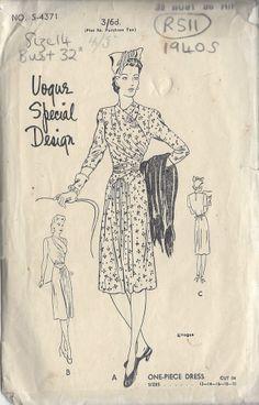 "1940s Vintage VOGUE Sewing Pattern DRESS B32"" (R511)"