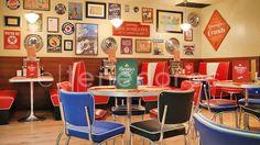 Reserva-en-el-restaurante-Bernie's-Diner-Grill-&-Bar-Barcelona 17€ a full menu with burger !