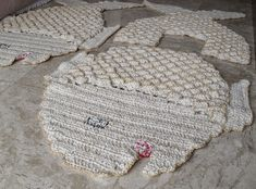 Entre agulhas, fios, petrechos e arte final: Produtos em Fios, feito a mão - Arte em Crochê / Tapetes & Similares, sob encomenda...