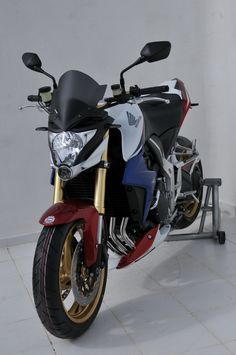 Tri colors bike