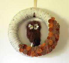 Autumn Owl Wreath, Woodland Wreath, Yarn and Felt Wreath - 14 inch size Pillow Cakes, Owl Wreaths, Felt Wreath, Wreath Hanger, Halloween Items, Handmade Felt, Autumn Theme, Thanksgiving Decorations, Felt Flowers