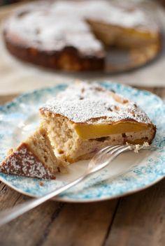 Quinoa Peach Cake and 25 Quinoa Dessert Recipes - MyNaturalFamily.com #quinoa #recipe #glutenfree