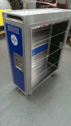 Aircraft catering trolley shoe rack