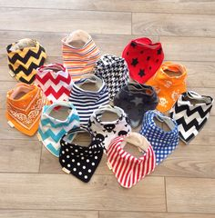 The best baby bibs Bandana Bibs - so cute and functional – Roman & Leo
