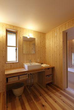 寛ぎの家 Traditional Japanese House, Japanese Style, Tatami Mat, Shoji Screen, Natural Interior, Bathroom Interior, Double Vanity, Basin, Home And Garden