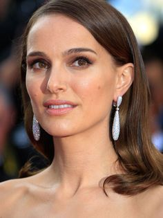Cannes 2015: Les boucles d'oreilles De Grisogono de Natalie Portman