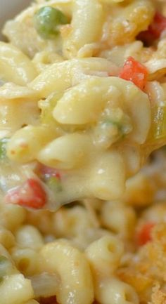 Easy Cheesy Chicken Mac Casserole