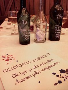 Guestbook alternative - Message in a bottle for the bride and groom to open later on on different anniversaries!