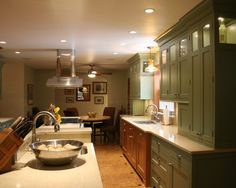 Traditional Kitchen Cherry Cabinets Design, Pictures, Remodel, Decor and Ideas - page 20
