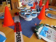 Bodenseewellen: Polizei - Geburtstag Essen, Spiele und Deko