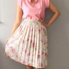 Vintage Floral Pink Short Skirt/ Pink Skirt by SusVintage on Etsy