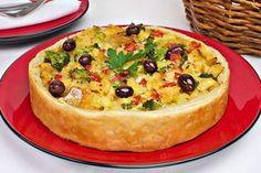 Aprenda esta receita incrível de Torta de bacalhau com legumes, que fica deliciosa e é muito fácil e prática de preparar!